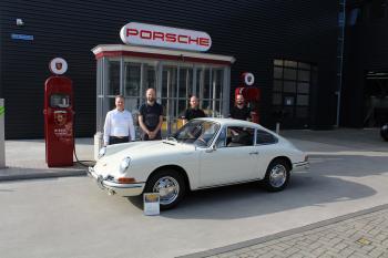Porsche Classic Center Gelderland gaat voor reparatie van klassiekers samenwerken met Glasurit
